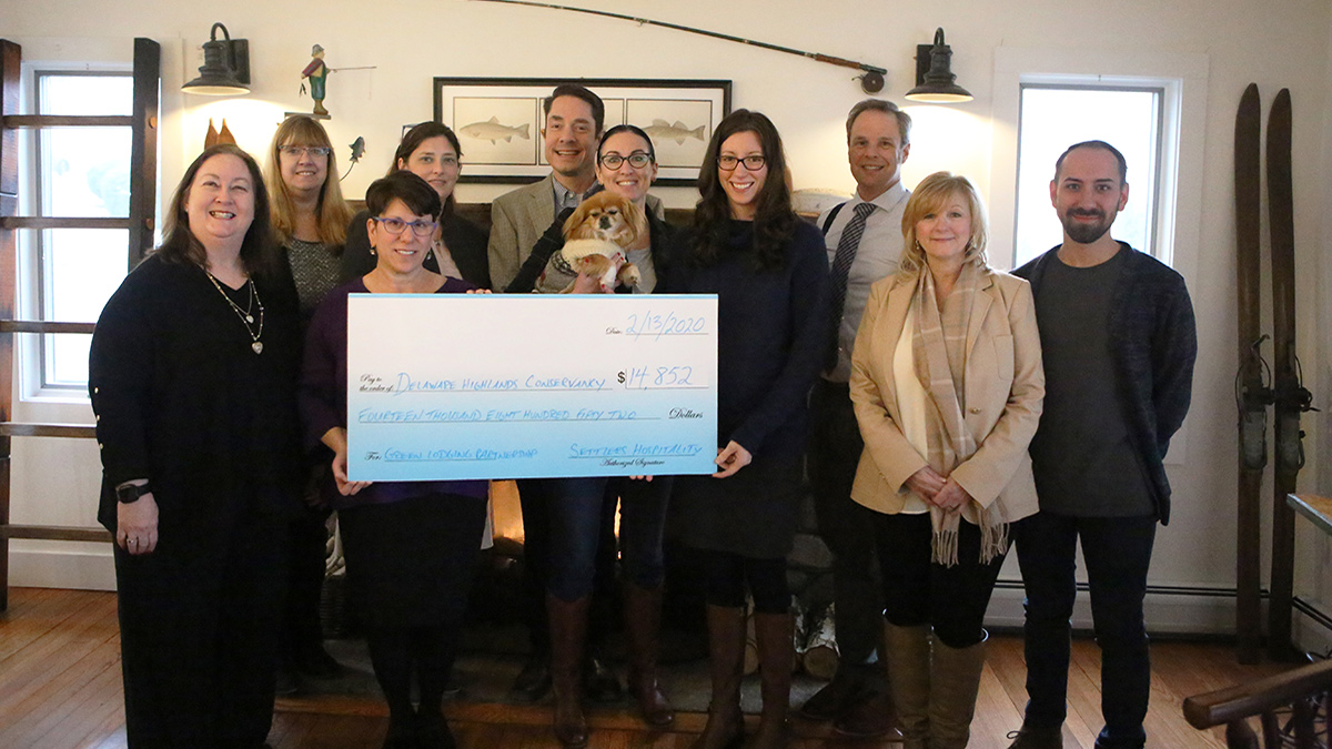 Settlers Hospitality Guests Raise Funds for Conservation