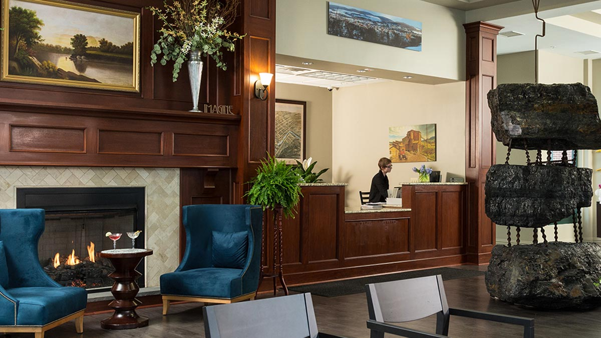 Anthracite Hotel Lobby