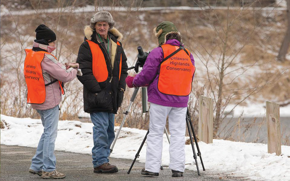 eagle watch volunteers